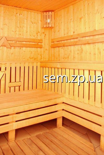 На территории клуба «Сэм» в Запорожье, размещена  сухая финская сауна с бассейном