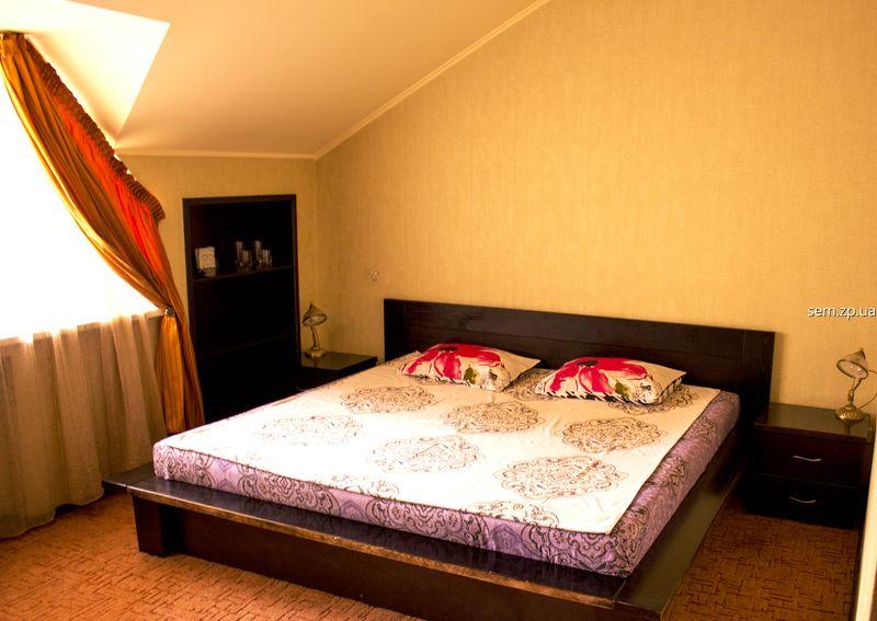 Отель в Запорожье в клубе «СЭМ» на 6 номеров